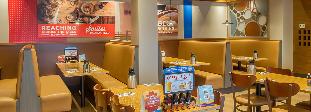 Dining Wyndham Garden Niagara Falls Fallsview
